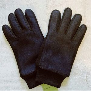 Goodfellow & Co • black and navy tech touch gloves